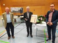 Dr. Preuß mit der Ehrenmedaille geehrt